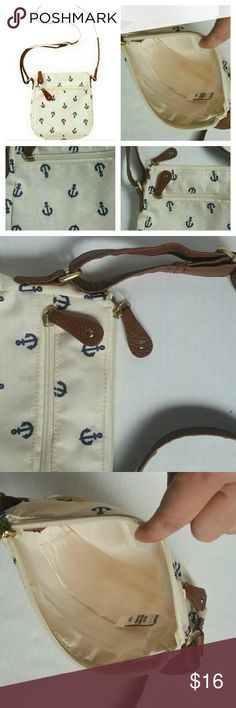 Old navy anchor sidebag #oldnavy  anchor print sidebag | EUC | adjustable strap | 8 inch by 9 inch | no trades / very clean and in excellent condition. Old Navy Bags Crossbody Bags