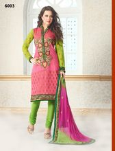 Buy online Salwar Kameez for women at Cbazaar for weddings, festivals, and parties. Explore our collection of Salwar suits with the latest designs. Indian Salwar Kameez, Salwar Kameez Online, Punjabi Suits, Salwar Suits, Latest Salwar Suit Designs, India And Pakistan, Kimono Top, Sari, Clothes