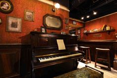 #Retailtainment at London Dungeons new #Tavern created by #THEME3