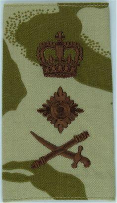 General's Epaulette Slide - Desert Camouflage Sword Pointing Left Officer rank badge for sale Queen Elizabeth Crown, Queen Crown, Military Ranks, Royal Marines, Royal Air Force, Badges, Sword, Camouflage, Deserts