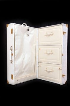 Vintage Leather Sardis Luggage Taperlite Suitcase by Ricketyswank ...