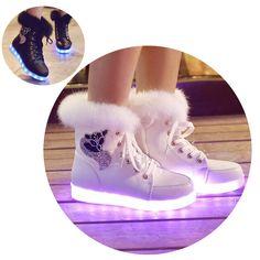 2016新しい発光靴女性高トップウサギの毛皮キルティングブーツusb充電式led靴黒冬の雪の靴