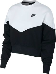 Nike Women's Sportswear Heritage Crew Pullover, Black Source by Legging Outfits, Nike Outfits, Sport Outfits, Tennis Outfits, Nike Athletic Outfits, Cute Comfy Outfits, Lazy Outfits, Teen Fashion Outfits, Mens Fashion