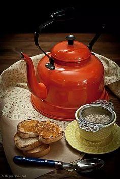 Tea Kettle --- Morning Tea, photo by Najwa Kronfel Chocolate Cafe, Chocolate Pots, Coffee Time, Tea Time, Cuppa Tea, My Cup Of Tea, Kakao, High Tea, Drinking Tea