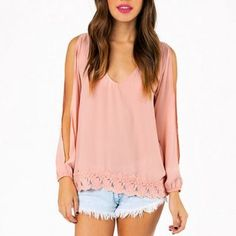 TOBI peach top Peach colored top from TOBI with lace on the bottom Tobi Tops Blouses