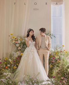 korean prewedding new sample photoshoot Korean Couple Photoshoot, Pre Wedding Photoshoot, Wedding Poses, Wedding Shoot, Wedding Couples, Cute Couples, Dream Wedding, Wedding Dresses, Korean Wedding Photography