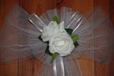 WEDDING DECORATION CHURCH PEW BOW WHITE LATEX FOAM ROSES
