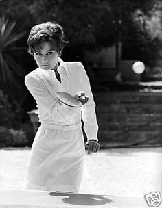 Audrey Hepburn is my religion British Actresses, Hollywood Actresses, Vintage Hollywood, Classic Hollywood, Divas, Audrey Hepburn Photos, Tennis Pictures, Cinema, Classy Women