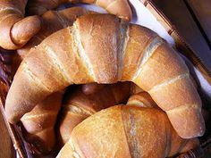 szeretetrehangoltan: Vajaskifli Hungarian Recipes, Hungarian Food, Ciabatta, Rolls, Pie, Bread, Cakes, Blog, Torte