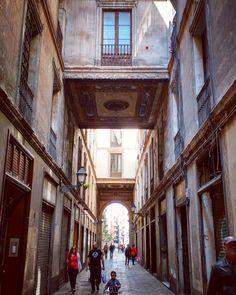 Passatge de la Pau  http://ift.tt/1VQ5AU5 #barcelona #ciutatvella #history #portvell #citysights #ig_catalonia