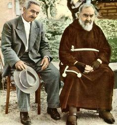 Padre Pio and his brother, Michael Forgione, take a moment of rest in the monastery garden. The two shared a relationship of deep love and loyalty Catholic Religion, Catholic Saints, Catholic Pictures, Church Of Our Lady, Saint Quotes, Praying To God, Catholic Prayers, Prayer Warrior, My Prayer