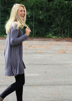 Having easy to throw on outfits is key for any working mom -that's why this grey tunic is so perfect!
