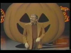 The Paul Lynde Halloween Special (1976) The Paul Lynde Halloween Special (1976) (TV) Comedy [1 h 0 min] Paul Lynde, Tim Conway, Roz Kelly, Margaret Hamilton Director: Sid Smith Writers: Howard Albrecht, Billy Barnes, Bob Booker, Joe Byrne IMDb rating: ★★★★★★★★☆☆ 7.6/10 (114 votes)