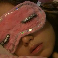 I work it even in my sleep...#GLAM #MOOD