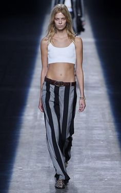Alexander Wang SS16 collection was very nineties-esque and featured grunge details