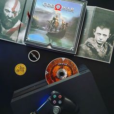 Depuis que j'ai retourné terminé platiné God Of War je ressens comme un vide. Quel jeu !!! ----- #ps4 #ps4pro #PlayStation #Sony #GodOfWar #videogames #jeuxvideo #gaming #gaminglife #gamer #instagaming #gamecollection #instagamer #console #collector #presskit #instadaily #igersfrance #kratos #atreus
