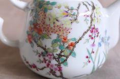 百花図茶壺