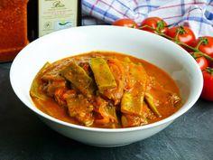 - Stangenbohnen nach türkischer Art Runner beans of the Turkish kind Fish Recipes, Asian Recipes, Healthy Recipes, Ethnic Recipes, Healthy Food, Vegan Stew, Runner Beans, Eat Lunch, Frijoles