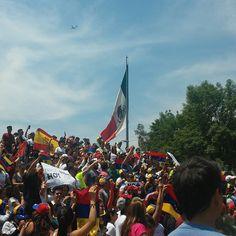 Hoy desde #sinmordaza por la libertad de Venezuela.