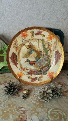 Купить или заказать Подарочная тарелка 'Утки улетают'! в интернет-магазине на Ярмарке Мастеров. Подарочная декоративная тарелка,выполнена в технике обратного декупажа!Прекрасный подарок любителям охоты!!!Тарелка будет великолепно смотреться в Вашем интерьере!