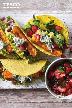 Try this colourful fish taco recipe loaded with budget-friendly fish fingers, salad and homemade tartare. Find lots more family dinner ideas at Tesco Real Food. Fish Finger, Finger Foods, Dinner Recipes Easy Quick, Quick Easy Meals, Recipes Dinner, Taco Meal, Tesco Real Food, Midweek Meals, Cheap Meals