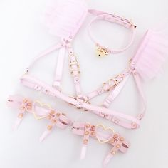 Pink caged harness bra, collar and garters! Edgy Outfits, Rave Outfits, Cool Outfits, Rave Costumes, Pink Body, Princess Outfits, Pretty Lingerie, Designer Wedding Dresses, Pink And Gold