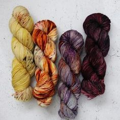 Thanks for all of the responses to my post yesterday! I put together a few fades and will be dyeing them up on DK this week! This is one of my favorites, no surprise that it's yellow, orange and purple! 💛🧡💜 - Shown here: Harvest, Heatwave, Boom Boom and Burlesque on Sock - #oldrustedchair