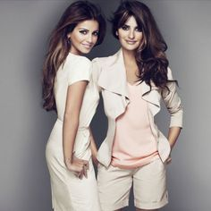 penelope and monica cruz. Poses while standing Beautiful Celebrities, Beautiful Actresses, Gorgeous Women, Beautiful People, Sexy Girl, Mannequins, Hollywood Actresses, Celebs, Female