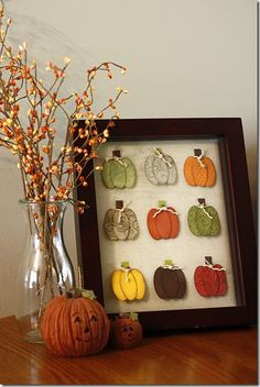 26 Easy DIY Fall Decoration for Mother's Diy Fall Crafts diy fall decor crafts Thanksgiving Diy, Autumn Crafts, Holiday Crafts, Fall Paper Crafts, Fall Halloween, Halloween Crafts, Vintage Halloween, Halloween Ideas, Decor Crafts