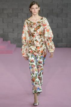 See the complete Emilia Wickstead Spring 2016 Ready-to-Wear collection.