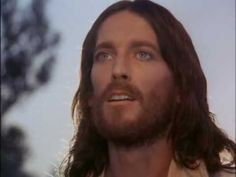 """"""" BIENAVENTURADOS SERÉIS CUANDO  POR CAUSA MIA, OS INSULTEN Y DIGAN TODA CLASE DE CALUMNIAS CONTRA USTEDES, ALÉGRENSE Y REGOCIJENSE, PORQUE SU RECOMPENSA SERÁ GRANDE EN LOS CIELOS""""  Oremos por los católicos perseguidos en Siria, Irak, Africa, Afghanistán"""