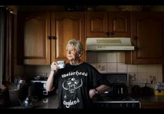 Grandmas Wearing Punk Rock T-Shirts Are Slaying Stereotypes And Taking Names Rock T Shirts, Band Shirts, Led Zeppelin Shirt, Concert Fashion, Advanced Style, Metal Girl, Photo Series, Pop, Metal Bands