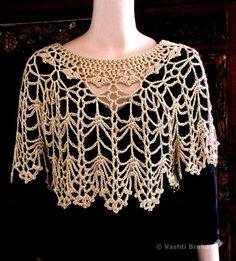 Crochet Cape Pattern, Crochet Booties Pattern, Gilet Crochet, Crochet Poncho Patterns, Crochet Collar, Shawl Patterns, Crochet Shawl, Crochet Lace, Crochet Scarves