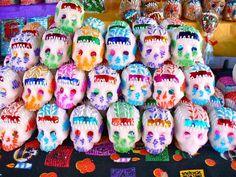 Conoce los pormenores de la celebración del tradicional Día de Muertos: Las calaveras literarias.
