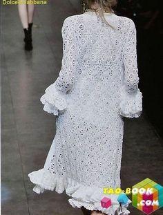 Gorgeous Dolce & Gabbana Coat!