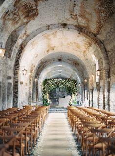 Wedding Venues Ex-Hacienda De Temixco Ceremony by Rylee Hitchner Photography Mod Wedding, Church Wedding, Wedding Ceremony, Wedding Venues, Wedding Arches, Wedding Bells, Church Ceremony, Summer Wedding, Wedding Dress