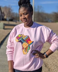 Map of Africa Patchwork Sweatshirt Africa Map, African Print Fashion, Trending Outfits, Sweatshirts, Sweaters, Etsy, Vintage, Tops, Women