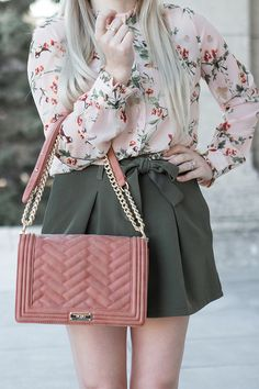 Adorable blush pink & olive green outfit inspiration // Summer fashion look // Pretty Little Details