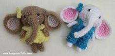 Meet the Little Elephants; Peanut, Blossom and Elwood.   My newest tiny additions to a growing series. The series all fit ...