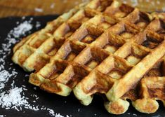 Paleos waffles with coconut flour gluten free milk free Quinoa and Basmati Paleo Diet Breakfast, Breakfast Recipes, Paleo Diet Benefits, Recettes Anti-candida, Lactose Free Diet, Gluten Free, Batch Cooking, Coconut Flour, Sweet Recipes