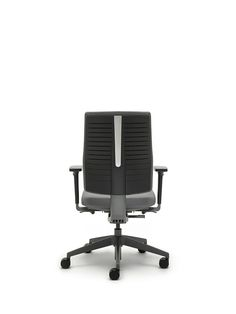 Freeflex / FLX740D Task Chair Freeflex designed by Justus Kolberg provides a clever and adaptable task chair solution to support the user's movements in their working environment. Innovation and user insights have come together to create a chair which not only looks stylish, but pushes ergonomic boundaries. Flexibility is central to the design of Freeflex, giving the user the freedom to make simple adjustments; to their seat height, seat depth and back height.