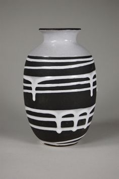 "Schloßberg-Keramik, jug ""Roulette"" - Design und Klassiker"