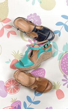 Moshulu sandals - Lightweight t-bar sandals in beautiful summer colours, Peach Melba!