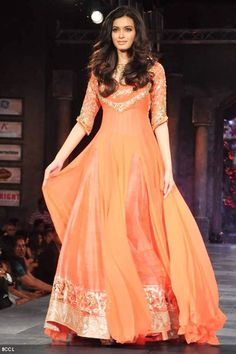 Diana Penty showcases Manish Malhotra's creation during Shabana Azmi's charity fundraising fashion show 'Mijwan' at Grand Hyatt in Mumbai