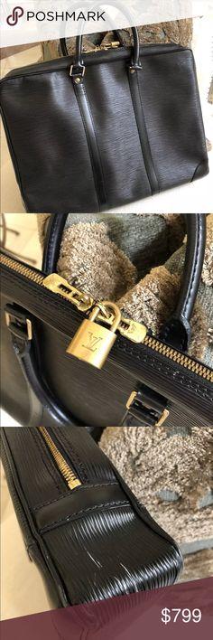 Authentic Louis Vuitton s Porte documents Epi Authentic  2910 Louis Vuitton  Epi Leather Porte Documents Voyage Black ad930e67af5ed