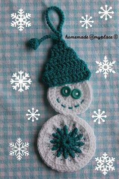 Snowman Decoration - Free crochet pattern by Alessandra Poggiagliolmi / homemadeatmyplace.