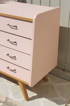 Commode Rose, Mid Century Dresser, Retro Furniture, Home And Deco, Buffet, Bullet Journal, Colors, Inspiration, Home Decor