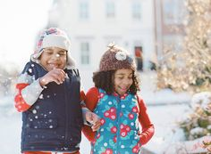 sister-and-brother-photo-laughing-in-snow-by-virginia-photographer-audrey-wrisley.jpg