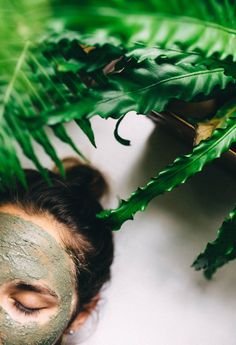skin \\ The Homemade Mud Mask Recipe That's Essential For Your Life | Free People Blog #freepeople