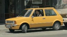Innocenti Bertone - Petite voiture jaune de la publicité Citroën C3
